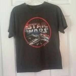 2/10 👨 Boys Star Wars Shirt
